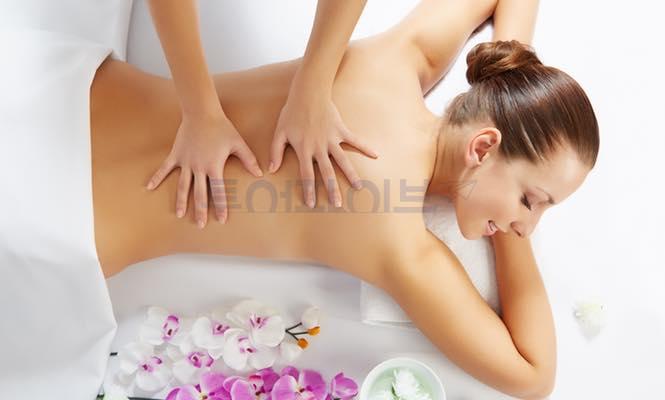 [보라카이 마사지 & 스파] 루나스파 - 진주마사지(Pearl Massage) $30